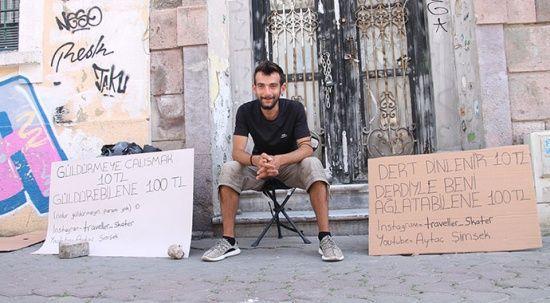 10 liraya dert dinliyor, ağlatana 100 lira veriyor