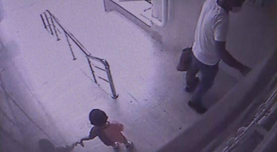 Adana'da asansör faciası: 2 yaşındaki çocuk öldü