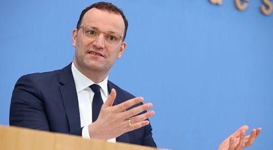 Almanya Sağlık Bakanı: BioNTech aşılı Türkler turist olarak gelebilir