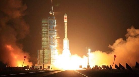 Çin, uzaya yerleşiyor! Tiencou-2'yi yörüngeye fırlatıldı