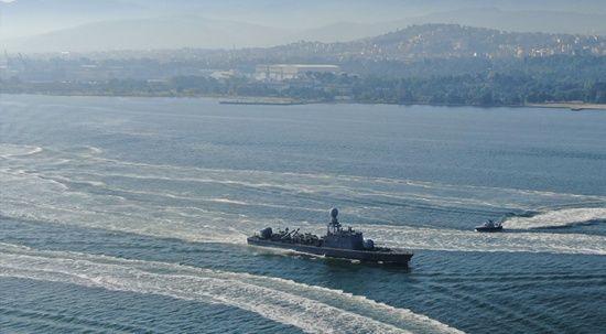 Dev tatbikat başladı, savaş gemileri birer birer denize açıldı
