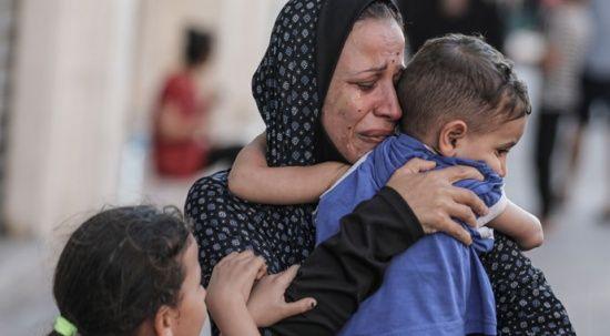 Gazze ölüyor dünya bakıyor