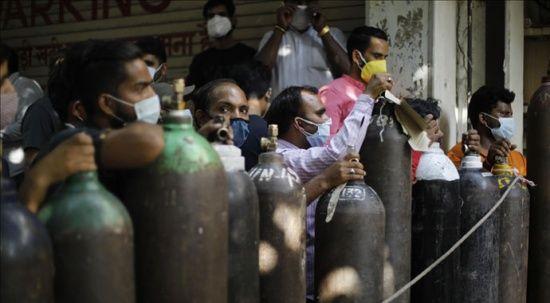 Hindistan'da Yüksek Mahkeme: Solunum cihazı eksikliğine bağlı Kovid-19 kaynaklı ölümler 'soykırımdan farksız'