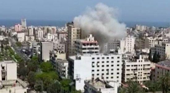 İsrail, Gazze'ye saldırdı: 2 ölü