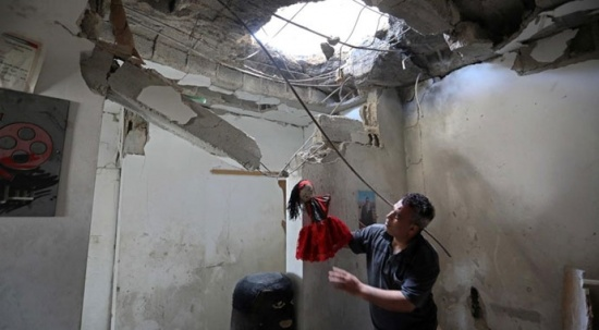 İsrail, sanatı da vurdu