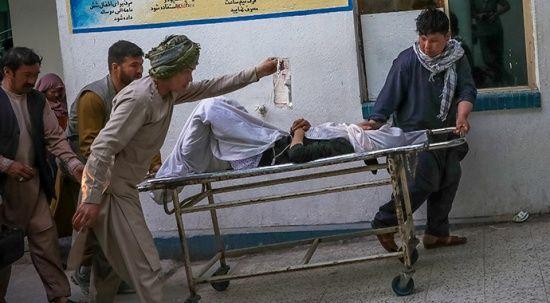 Kabil'de okul yakınlarındaki patlamada ölü sayısı 50'ye yükseldi