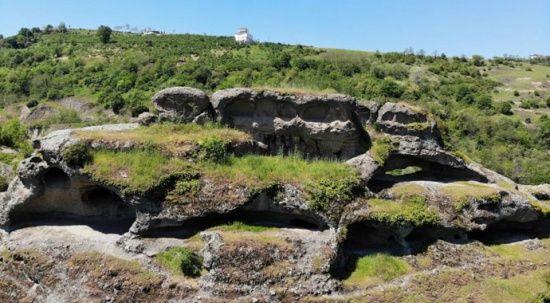 Karadeniz'in ilk insan yerleşkesi: Tekkeköy mağaraları