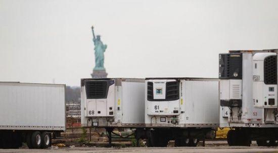 New York'ta skandal: Yüzlerce ceset bir yıldır kamyonlarda bekletiliyor