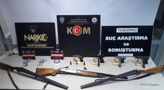 Odunluk değil cephanelik: Gizlenmiş halde silah ve tüfek bulundu