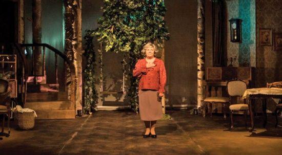 Tiyatro sahnesiyle yeniden buluşma