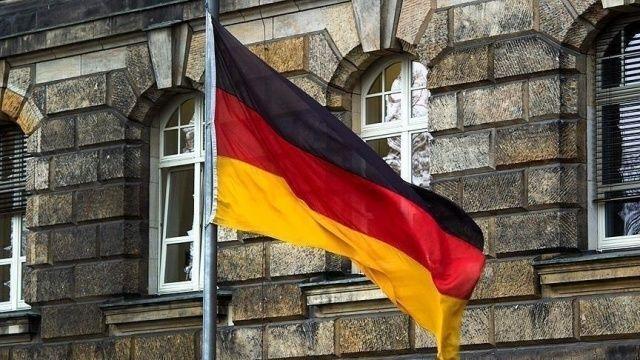 Almanya, Türkiye'ye seyahat uyarısını kaldırıyor!
