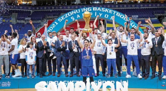 Anadolu Efes şampiyon