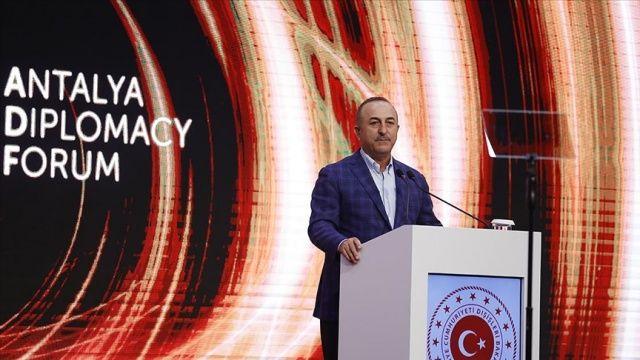 Bakan Çavuşoğlu: Yunanistan'ın provokasyondan vazgeçmesi lazım