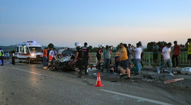 Çanakkale'de feci kaza: Çok sayıda ölü ve yaralı var
