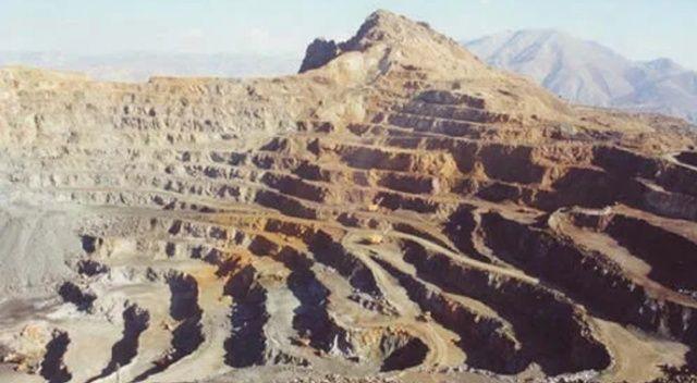 Çin'de madeni su bastı, işçiler mahsur kaldı