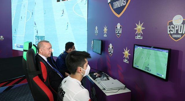 Cumhurbaşkanı Erdoğan, e-Spor turnuvasının final maçını seyretti