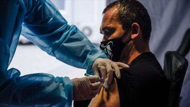 Dünya genelinde 2 milyar 750 milyondan fazla koronavirüs aşısı yapıldı