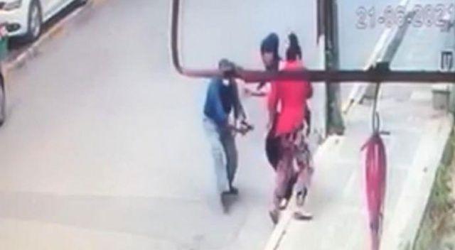 Eski eşine sokak ortasında kurşun yağdırdı