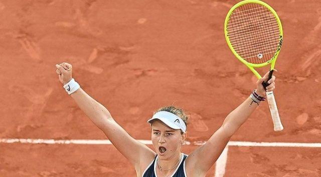 Fransa Açık Tenis Turnuvası'nda şampiyon Krejcikova