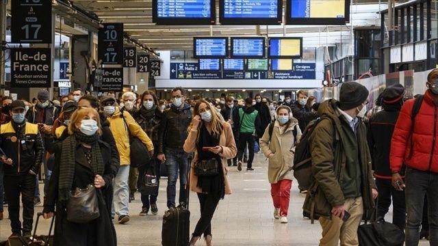 Fransa'da Delta varyantı tehdidi büyüyor