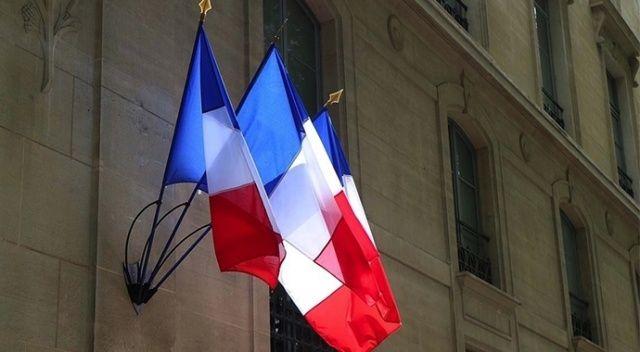 Fransa, devleti dava eden 3 liseliye tazminat ödeyecek