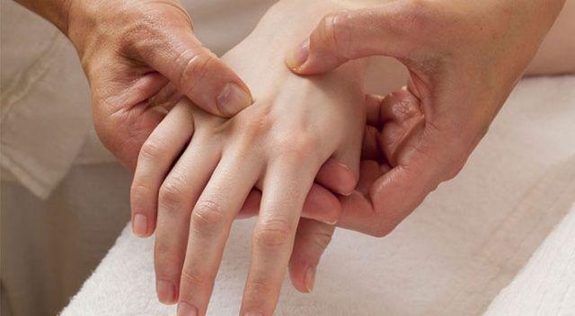 Geceleri el ve parmak ağrısıyla uyanıyorsanız dikkat
