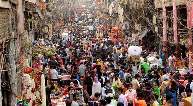 Hindistan'da koronavirüsten günlük ölüm vakasında dünya rekoru kırıldı
