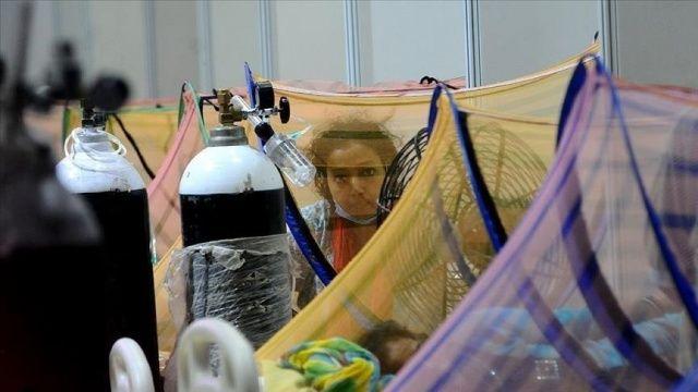 Hindistan'da koronavirüsten ölenlerin sayısı 340 bin 702'ye yükseldi