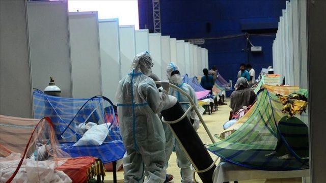 Hindistan'da koronavirüsten ölenlerin sayısı 390 bini geçti