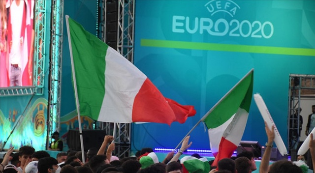 İtalya, Avusturya'yı 2-1 yenerek çeyrek finale yükseldi