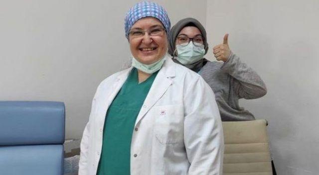 Koca'dan 40 milyonuncu aşıyı yapan hekim paylaşımı