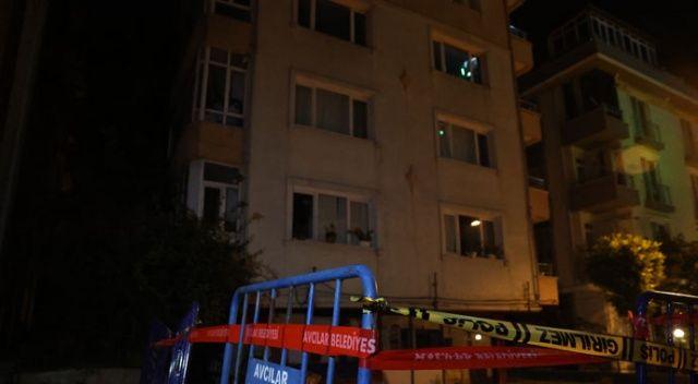 Kolonundan ses gelen 5 katlı bina boşaltıldı
