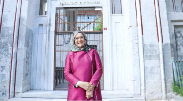 Makalelerinin doğumhanesi Türk Edebiyatı Vakfıdır