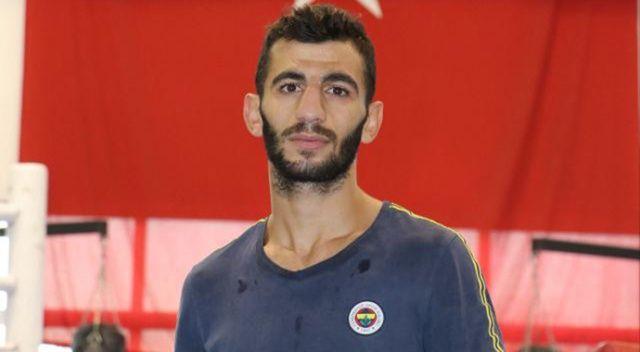 Milli boksör Batuhan Çiftçi, yarı finale yükseldi
