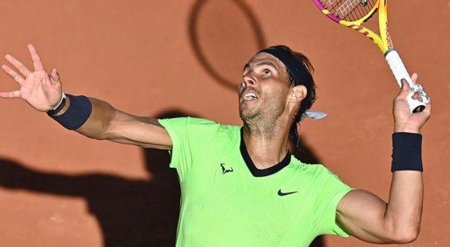 Nadal dördüncü tura çıktı