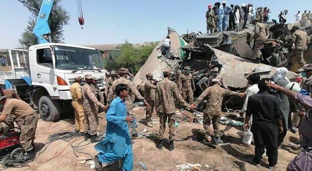 Pakistan'da tren kazası: 45 ölü, 100 yaralı