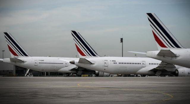 Paris uçağında bomba alarmı!