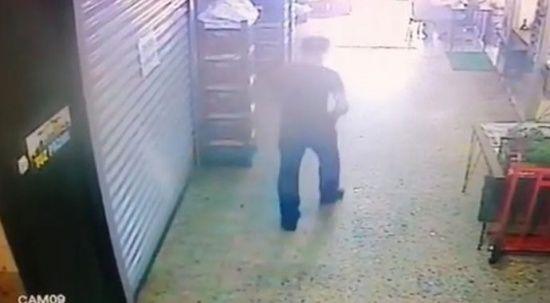 20 günlük işçi, patronunun 13 bin lirasını çalıp kaçtı