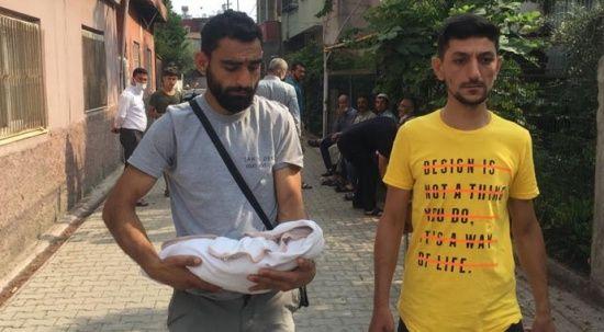30 günlük bebek karyoladan düşerek öldü