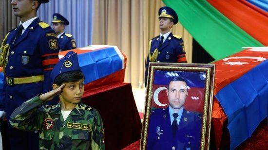 Azerbaycan, Karabağ'daki savaşta 2900 şehit verdi