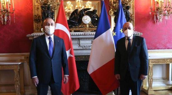 Çavuşoğlu, Fransız mevkidaşı Le Drian ile görüştü