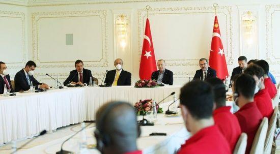 Cumhurbaşkanı Erdoğan, Anadolu Efes ile bir araya geldi
