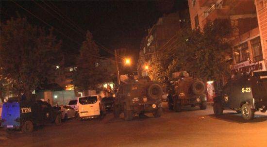 Diyarbakır'da polise silahlı saldırı! Operasyon başlatıldı