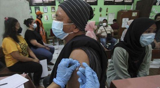 Dünyada 2 milyar 388 milyon doz Covid-19 aşısı yapıldı