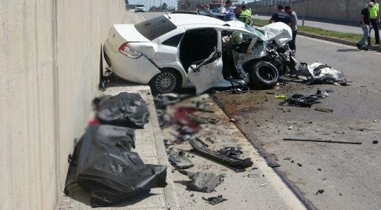 Hatay'da feci kaza: 3 ölü, 4 yaralı