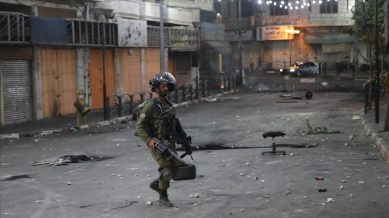 İşgalci İsrail güçleri Batı Şeria'da Filistinli bir çocuğu katletti