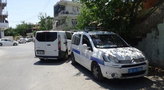 İzmir'de şüpheli ölüm: Evinde ölü bulundu