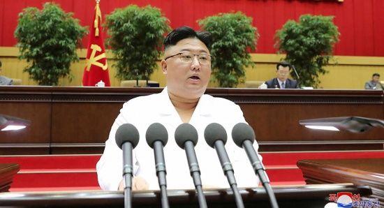 Kuzey Kore, liderleri Kim için ağlıyor