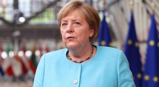 Merkel'den acil dostluk