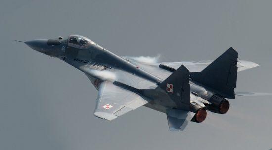 Polonya'da eğitim yapan savaş uçakları birbirini vurdu